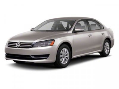 2013 Volkswagen Passat SE PZEV (NIGHT BLUE METALLIC)