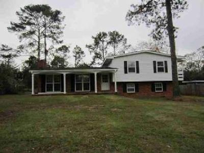 1609 Whispering Pines Rd Albany, Great Family Home at a VERY