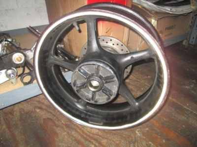 Sell Yamaha R6 2007 Rear Wheel Rear Rim with Rear Rotor motorcycle in Los Angeles, California, United States, for US $85.00