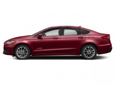 2019 Ford Fusion Hybrid SE (Ruby Red Metallic Tinted Clearcoat)