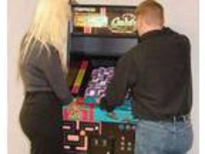 Indianapolis Indiana Mrs Pacman Video Game Rental for Rent