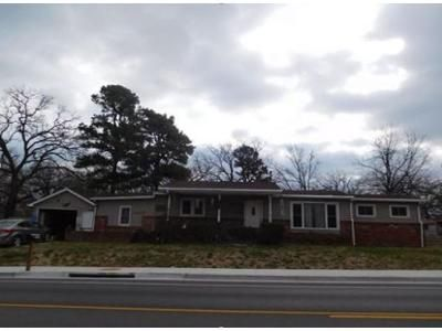 3 Bed 1.5 Bath Foreclosure Property in Joplin, MO 64801 - N Saint Louis Ave