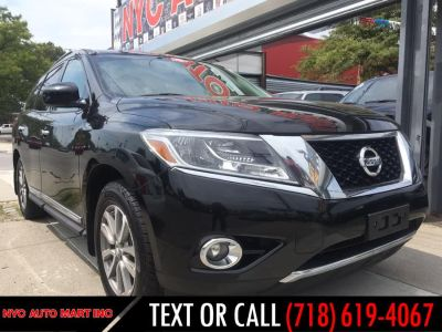 2014 Nissan Pathfinder S (Black)
