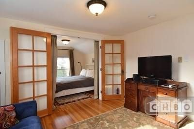 $2,495, 2br, Vacation single-family home to rent in Seattle (Wa)
