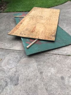 2 pieces of plywood.. 4 x 8..