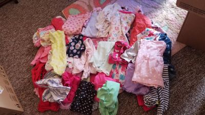 Girls 0/3 month clothes lot!