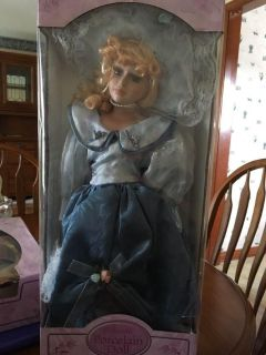 Porcelain doll nib, box does have writing on it