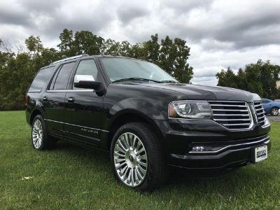 2016 Lincoln Navigator Select (Black Velvet)