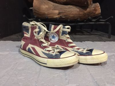 Converse British Flag High Tops Women s Size 8