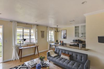 $4106 1 apartment in West Los Angeles