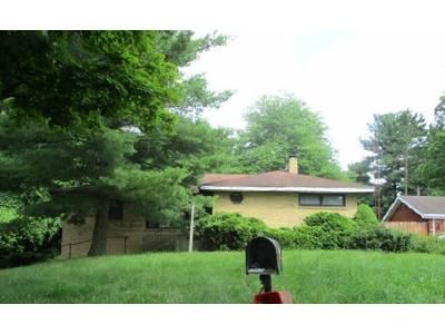 3 Bed 1.5 Bath Foreclosure Property in Niles, MI 49120 - N Fairview Ave