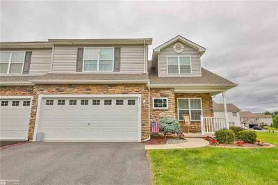 847 South Fork Drive EASTON, Beautifully Maintained &
