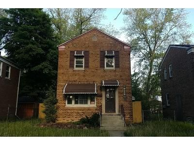 2 Bed 1 Bath Foreclosure Property in Riverdale, IL 60827 - S Michigan Ave