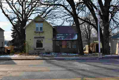 219 Wilson Avenue SE Saint Cloud, Investor Opportunity!