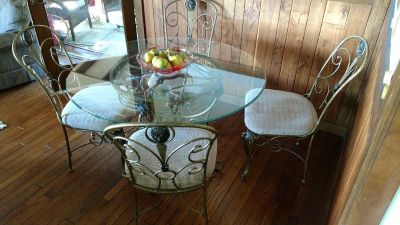Glass Table and 4 Matching Chairs