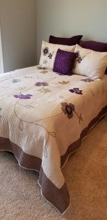 Full size bedspread and set