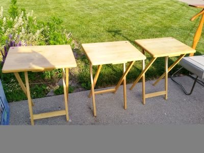 3 wood tv trays $4 each or all 3 for $10.00
