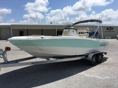 2019 NauticStar 211 Angler 21` Center Console