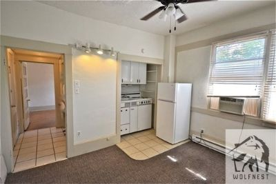 Apartment Rental - 305 South Douglas Street