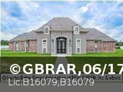 $355,000, 4br, 4bd 2ba1hba Home for Sale in Denham Springs