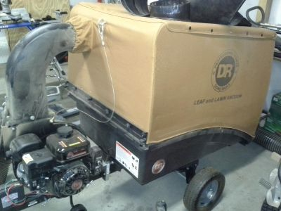 DR Leaf and Lawn Vacuum PREMIER-200, Tow-Behind LLVXX9MN