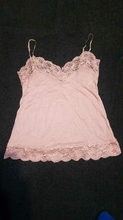 Fresh & Wear sz large womens tan cami adjustable straps... has pilling