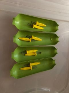 CORN ON THE COB TRAYS & HOLDERS $1.00 for ALL. + Extra holders...