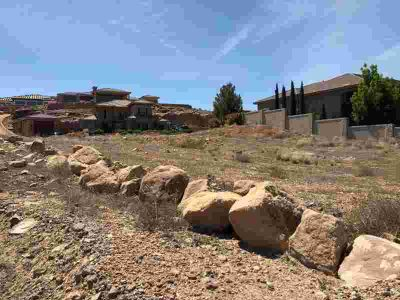 1480 S Saint George, Large lot located next to Stone Cove