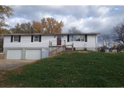 3 Bed 1 Bath Preforeclosure Property in Plattsburg, MO 64477 - W Walnut St