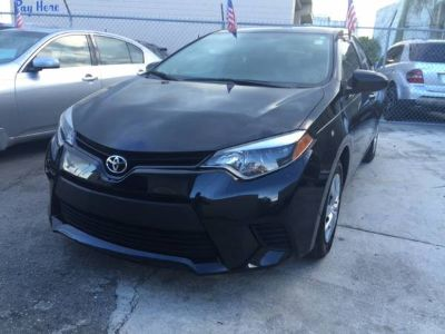 ** 2015 TOYOTA COROLLA ONLY 18K MILES **