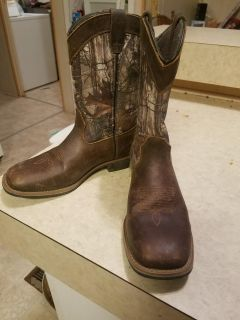 Austin trading co boots