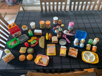 VINTAGE Fun with Food- Fisher Price- HUGE LOT!!! Entire kitchen