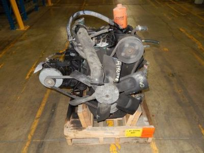 Sell International Navistar Ford 7.3 IDI Diesel Engine Complete Runner motorcycle in Lansing, Illinois, United States, for US $850.00