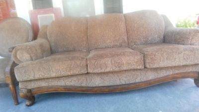 Couch and 2 cheairs, great condition, smoke and pet free home