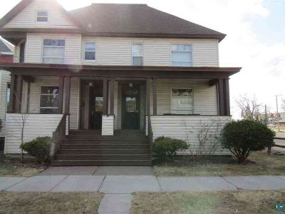 1709 1/2 John Ave Superior One BR, Available June 1 or sooner