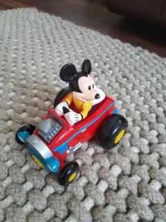 Pull Back Mickey Mouse Race Car motion Mickey