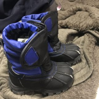 Toddler winter boots 8