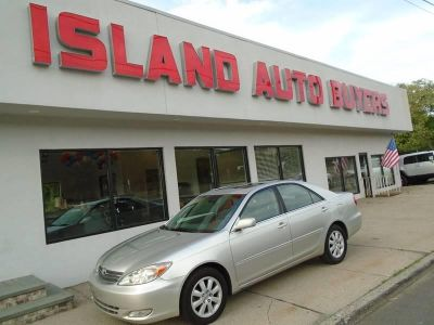 2004 Toyota Camry LE V6 (Silver)