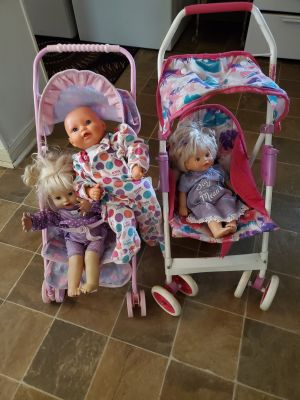 Baby strollers comes with babys
