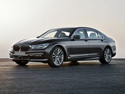 2016 BMW 7-Series 750i xDrive (White)