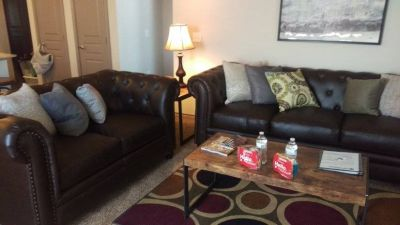 $3690 2 apartment in Hill Country
