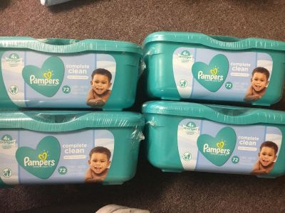 4 Tubs of Pampers complete clean baby fresh scent baby Baby wipes 72 wipes per tub