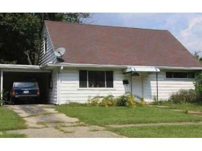 3 Bed 1 Bath Foreclosure Property in Dayton, OH 45420 - Tabor Ave