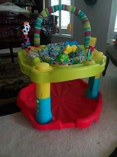 Sit and play bouncer. (like new)