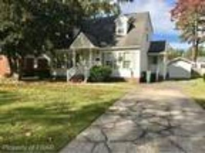 FOR RENT! Nice Three BR/Two BA home, locate...