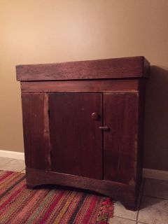 Antique primitive dry sink
