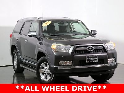 2011 Toyota 4Runner SR5 (Magnetic Gray Metallic)