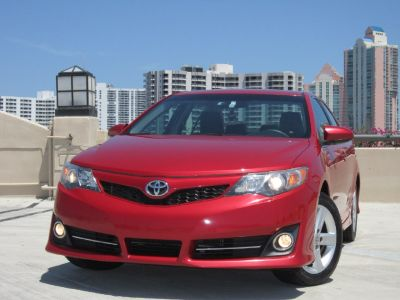 *** 2012 TOYOTA CAMRY SE CLEAN TITLE 1 OWNER EXCELLENT CONDITION ***