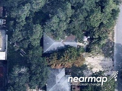 2 Bed 1.0 Bath Foreclosure Property in Oak Island, NC 28465 - Sherrill Ave