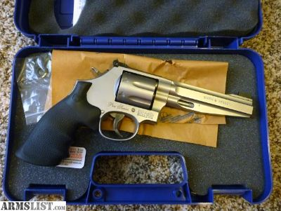 """For Sale: NIB Smith and Wesson 686-6 5"""" pro series Revolver"""